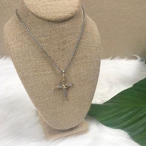 {David Yurman} Cable Chain Cross Pendant Necklace